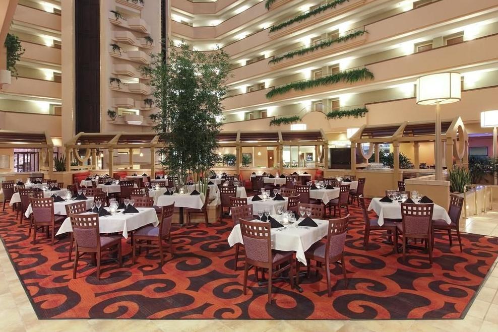 Holiday Inn Springdale AR Wedding Venue