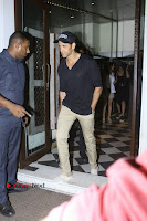 Bollywood Actor Hrithik Roshan and Sussanne Khan Spotted At Bandra .COM 0002.jpg