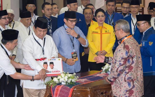 Pilpres 2019, Mayoritas Masyarakat Berpendidikan Pilih Prabowo-Sandi