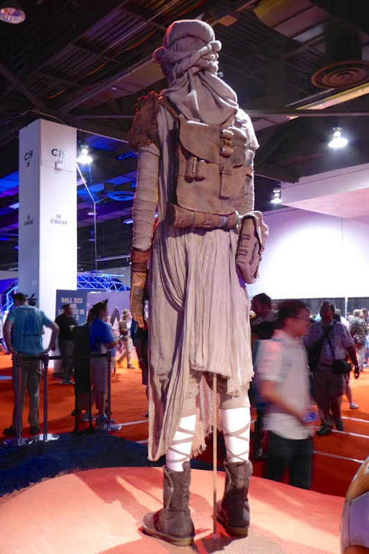 Star Wars The Force Awakens Rey costume back