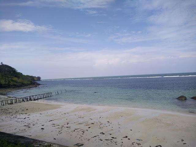 Teluk Tamiang: Pesona Pantai Yang Indah dan Budidaya Ikan Kakap Putih
