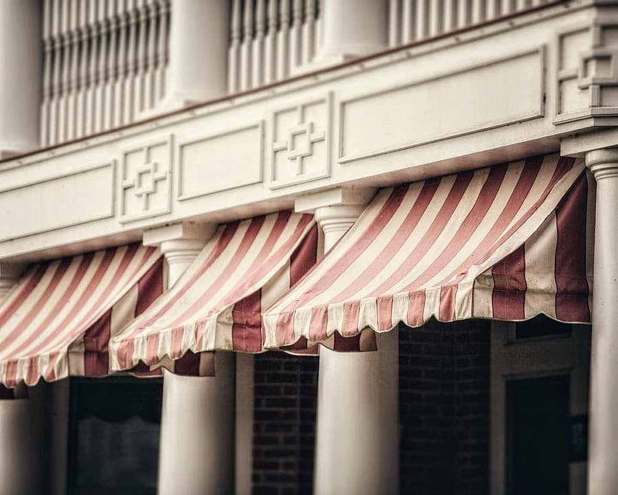 Eye For Design Decorating With Awnings