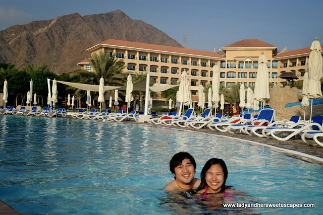 Fujairah Rotana Resort and Spa's swimming pool