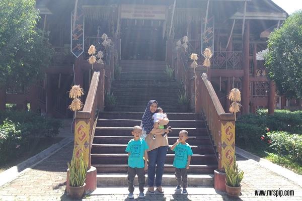 Jalan jalan Tenom di Sabah Murut Cultural Centre Tenom