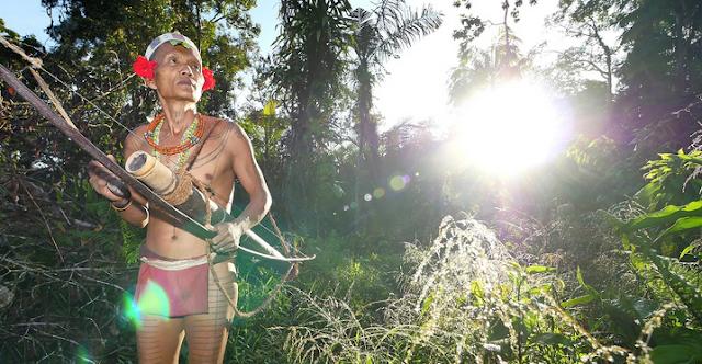 Suku Tertua di Nusantara Indonesia Mentawai