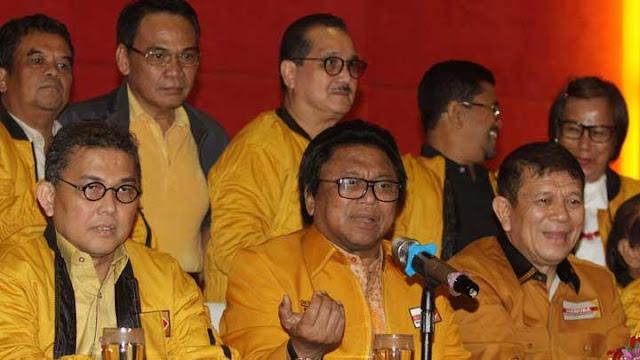 OSO Minta Ketua Umum PSI Tak Mengajari Senior Berpolitik