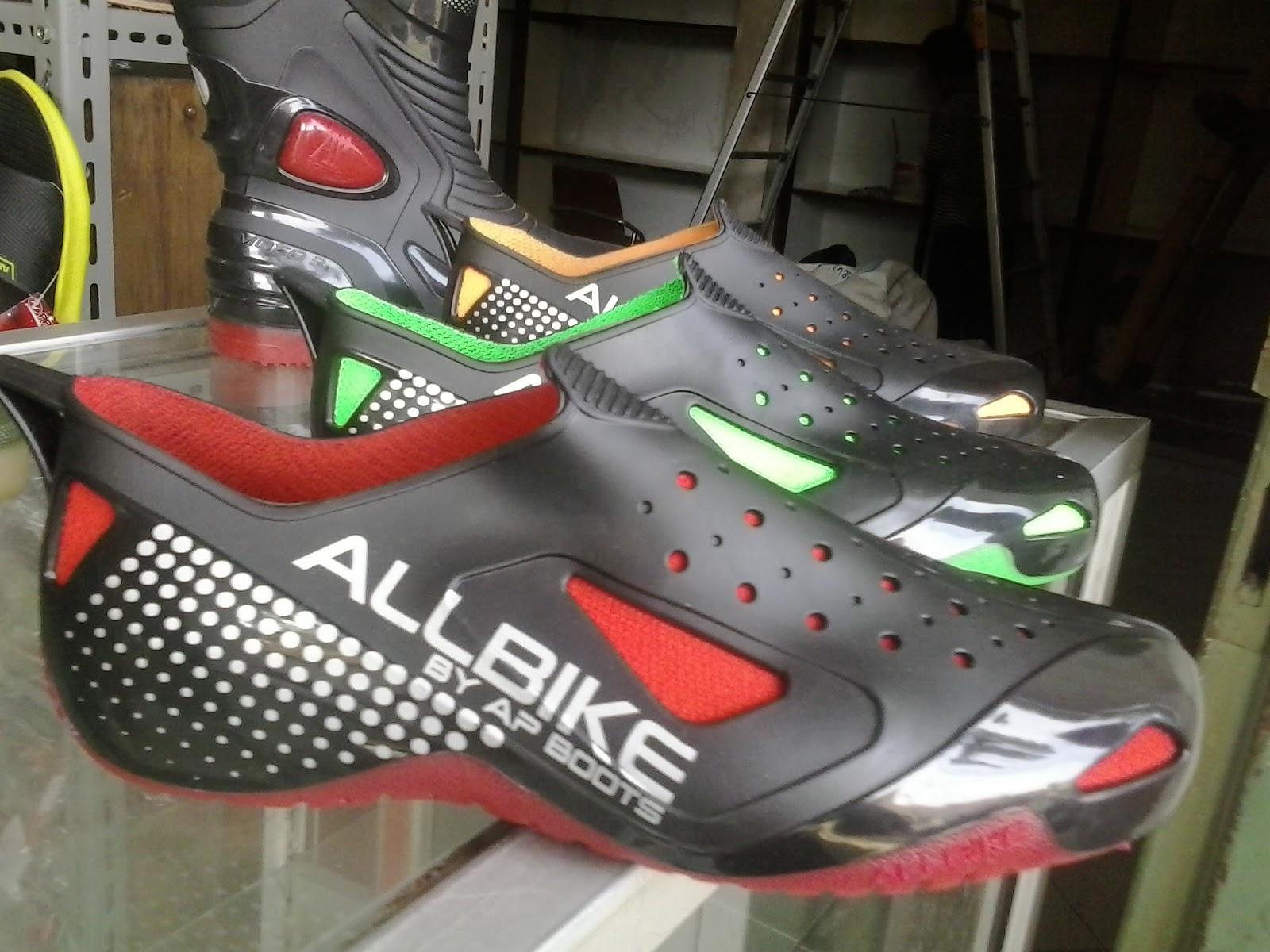 Harga Jual Sepatu Cross Asli Karet Att Rp600000 Merk Dan Ready Ap Boots Moto