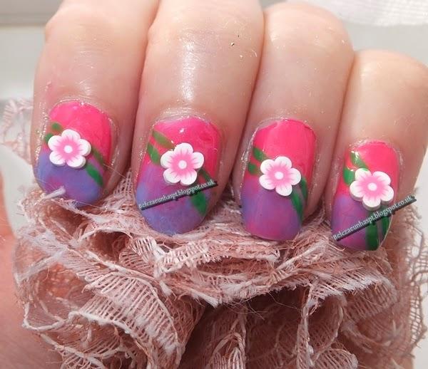 Unhas decoradas flor