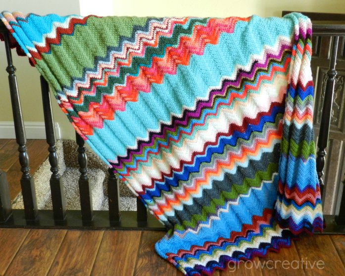 Free Crochet Ripple Chevron Blanket Pattern by Elise Engh: Grow Creative