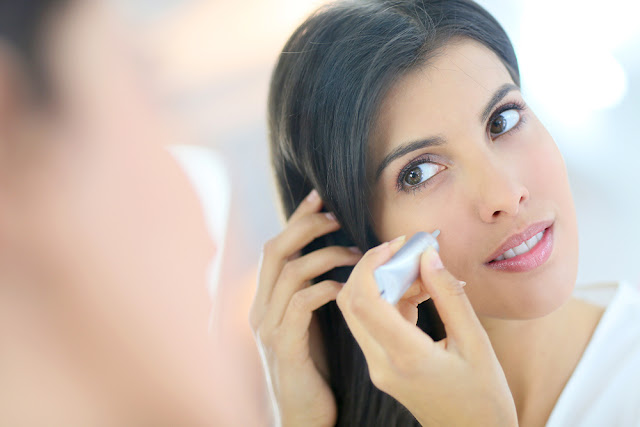 Trusa de cosmetica la 30 de ani