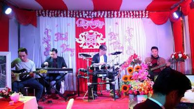 Chọn đàn organ sử dụng cho đám cưới