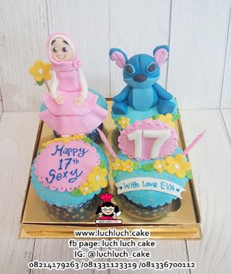 Cupcake Ulang Tahun ke 17 Tema Stitch