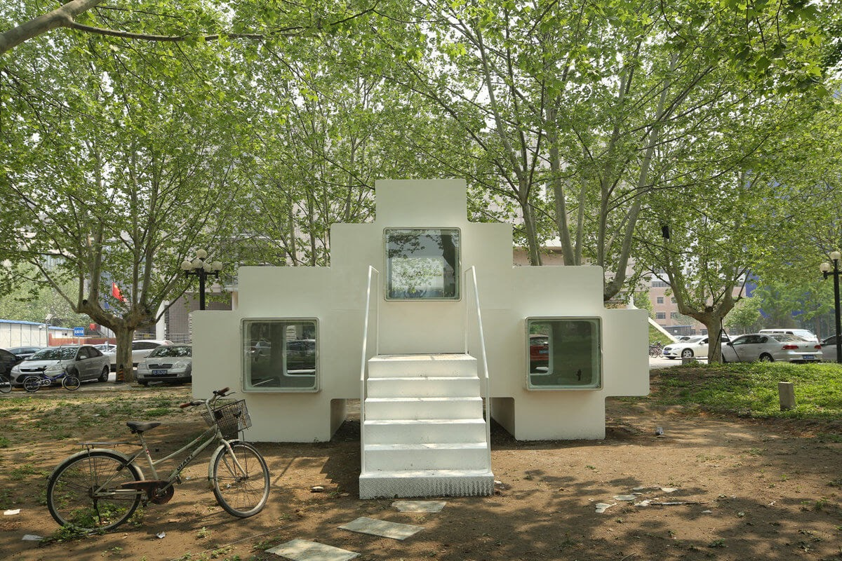 01-Front-Elevation-Liu-Lubin-Space-Invaders-Tiny-House-Architecture-www-designstack-co