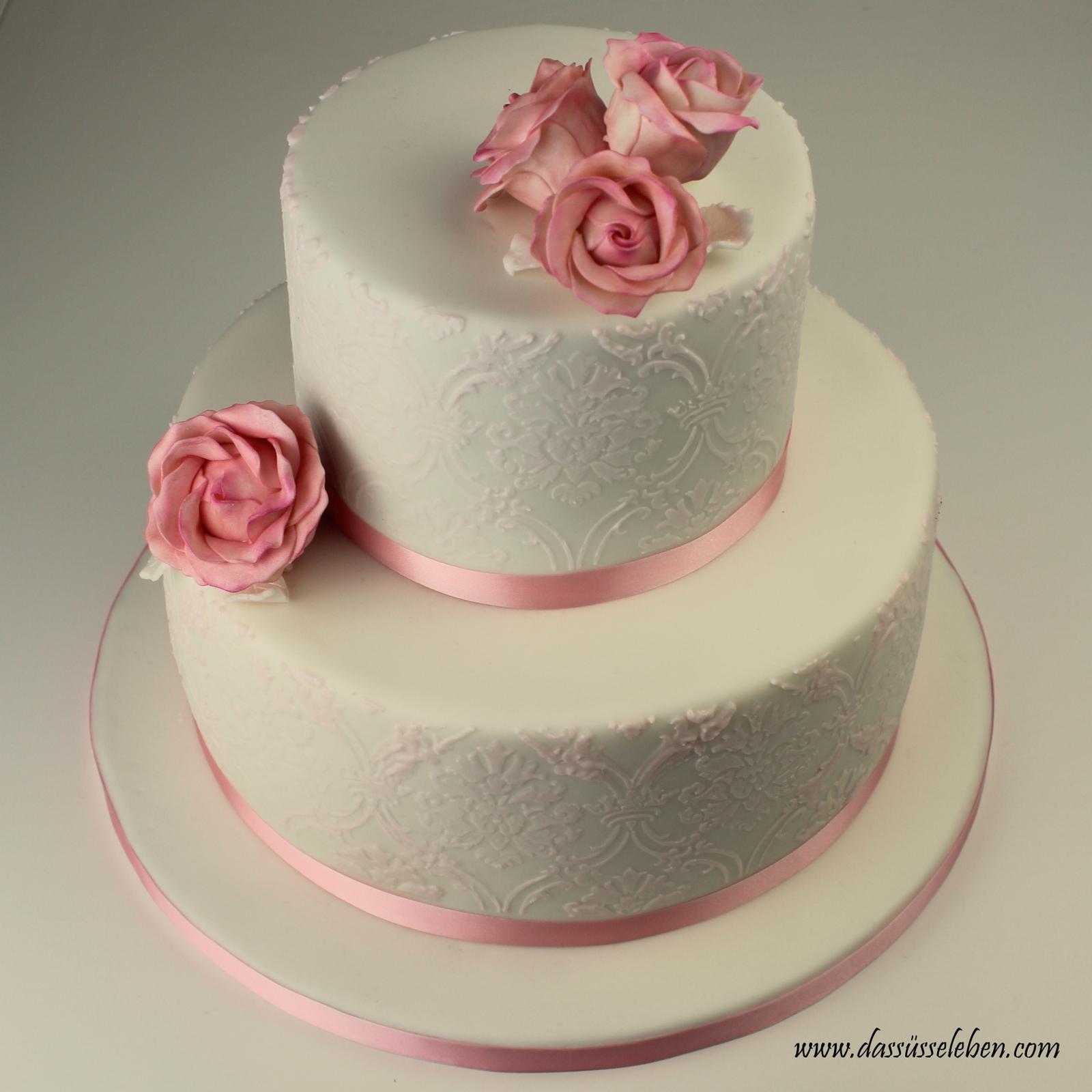 Rezept Rosafarbene Hochzeitstorte Mit Brokat Muster Und