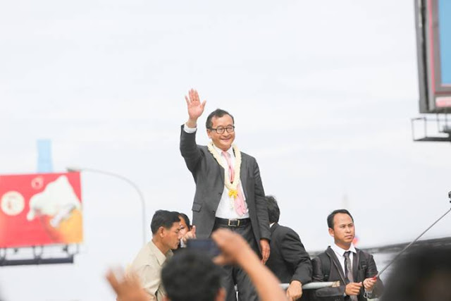 Opposition leader Sam Rainsy claims he will return to Cambodia. KT/Chor Sokuntea