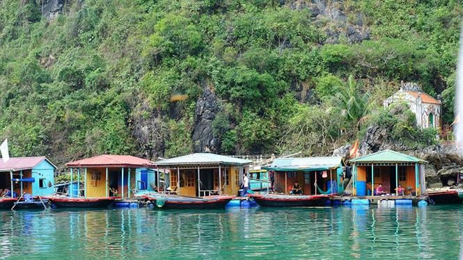 Chiêm ngưỡng làng chài đẹp nhất thế giới trên vịnh Hạ Long -6