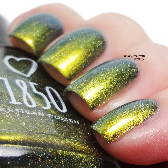 xoxoJen's swatch of 1850 Pacific Seahorse