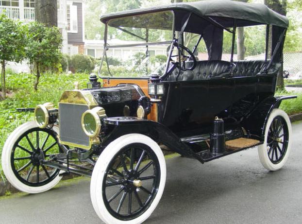 Kendaraan pertama yang bekerja dengan uap mungkin pertama kali didesain oleh Ferdinand Ve Sejarah Kendaraan Mobil