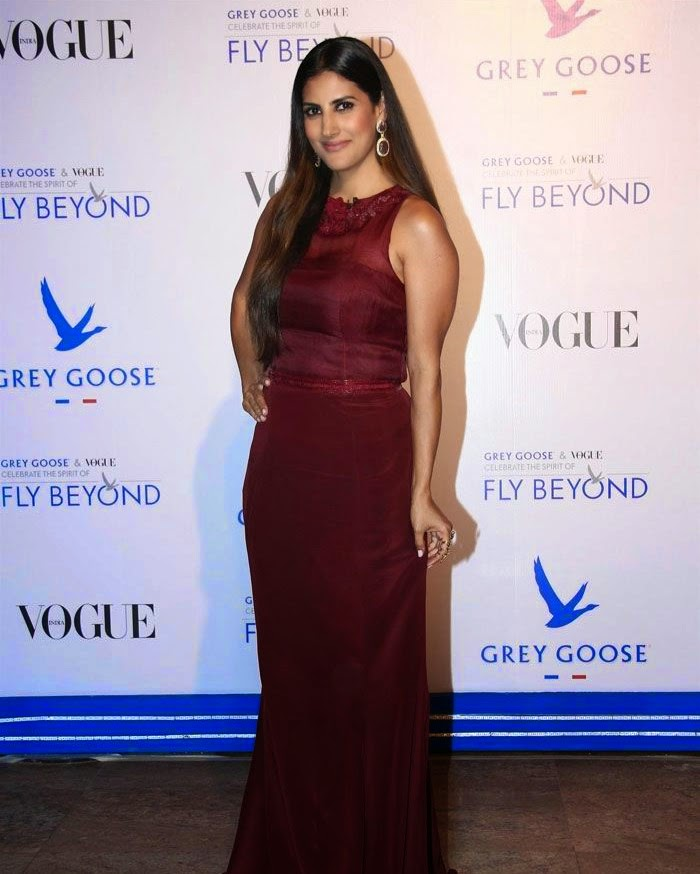 Parizad Kolah Marshall, Pics from Red Carpet of Grey Goose & Vogue's Fly Beyond Awards 2014