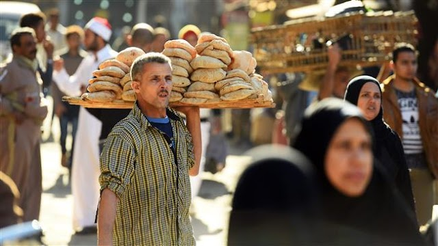 Survey says family income of over 70% of Egyptians insufficient for expenses, needs