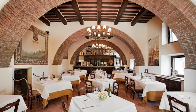 Ristorante Castello Banfi La Taverna em Montalcino