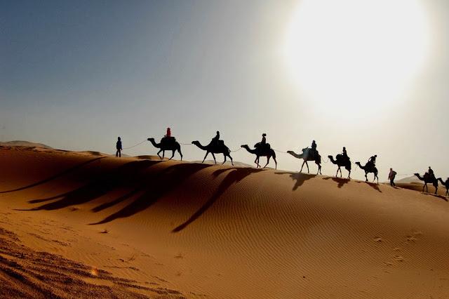 http://3.bp.blogspot.com/-B1GKLSotpL0/VUSay65FX5I/AAAAAAAAApo/FF_f6ad5jGw/s1600/sahara-desert1.jpg