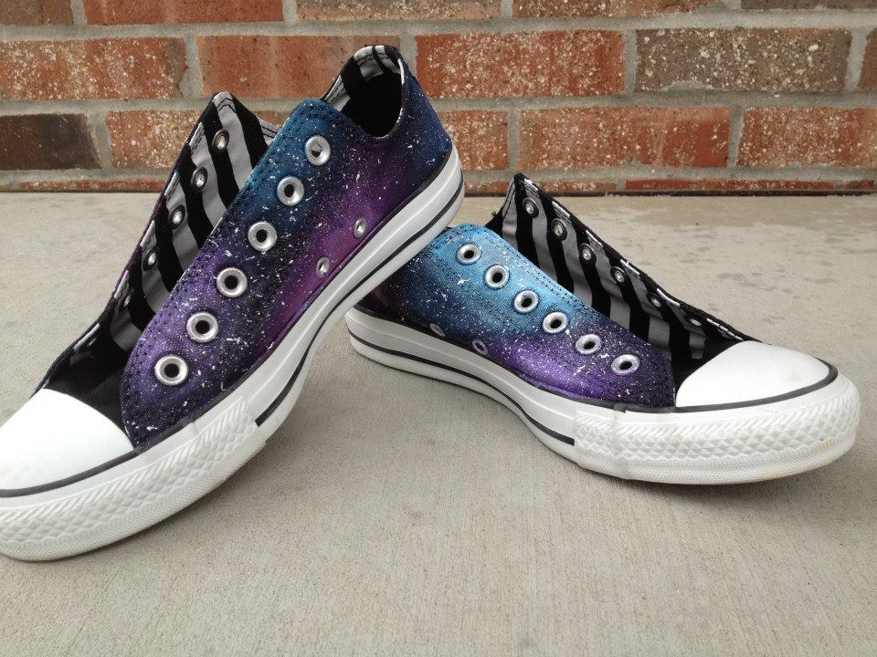 11ec9d1f26d My Fashion Atmosphere  DIY Galaxy Converse