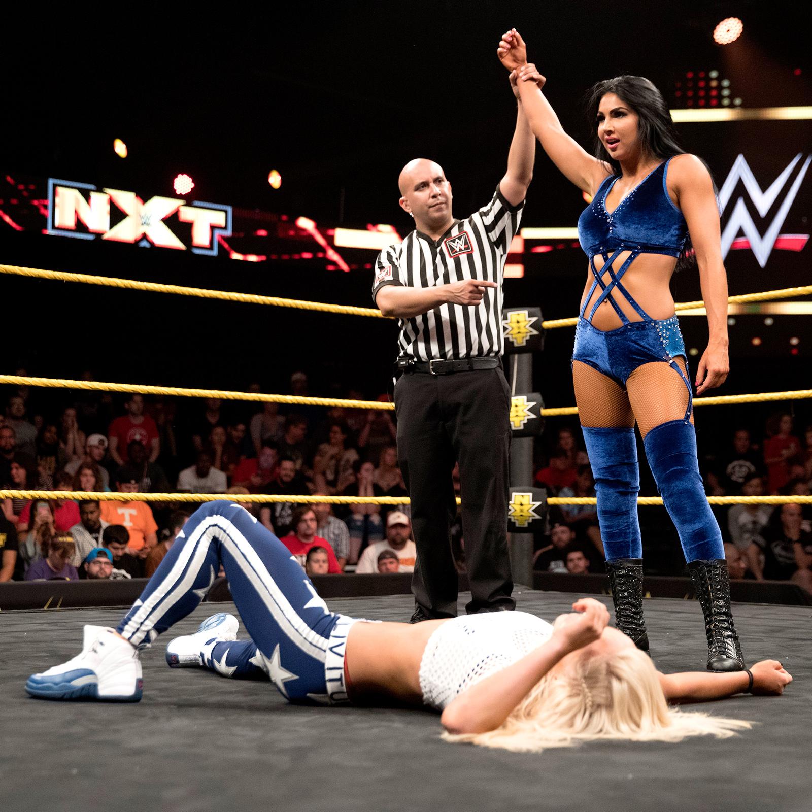 Female Pro Wrestling: NXT - Asuka vs Billie Kay