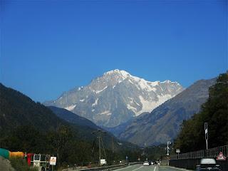 Il Monte bianco dalla SS26, fuori dalla galleria Runaz