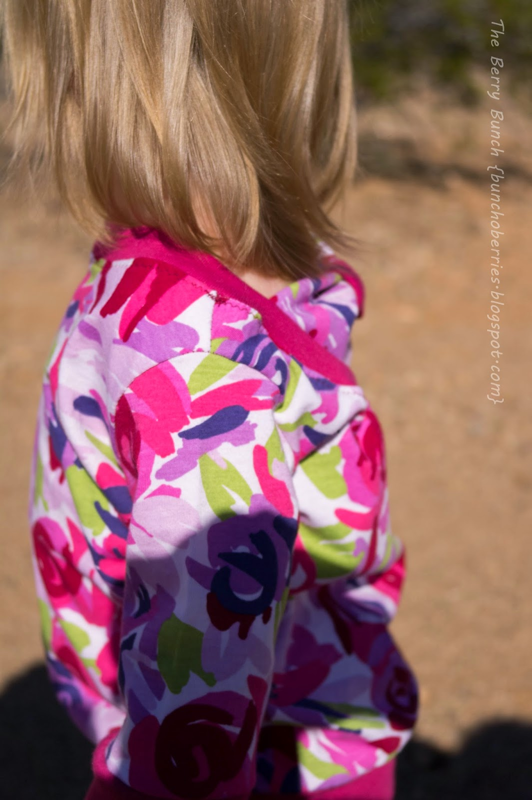 Otium Sweater by Sofilantjes: Blog Tour + Giveaway: The Berry Bunch