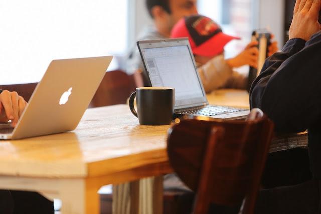 Ciri-ciri Blogger Yang Produktif Versi Kang santri