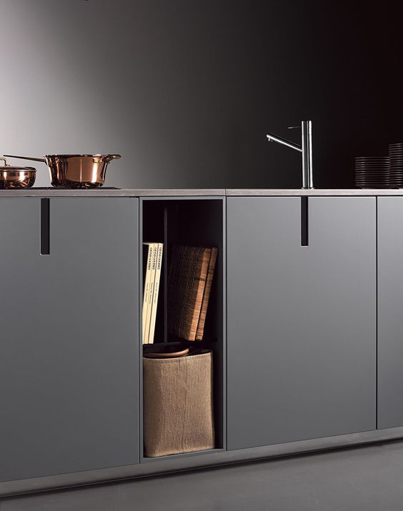 black minimal kitchen with no handles