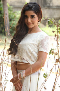 Actress Aqsa Bhatt Stills At Oru Melliya Kodu Movie Audio Launch  0012.jpg