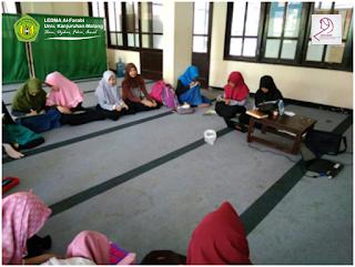 Muslimah LEDMA Al-Farabi Adakan Diskusi Dalam Lingkar Nisa'