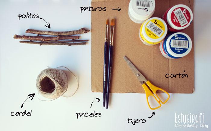 Para hacer el móvil de cartón necesitas: palitos, cartón, tijeras, cordel, pintura y pinceles