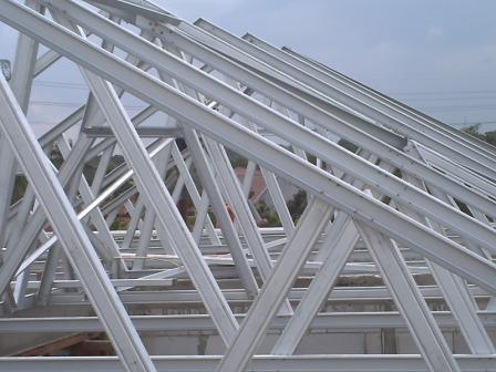 pemasangan sekrup baja ringan rangka atap dan gypsum board: tentangkami