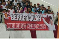 Salah Cetak! Spanduk Penyambutan Prabowo Subianto Viral di Media Sosial