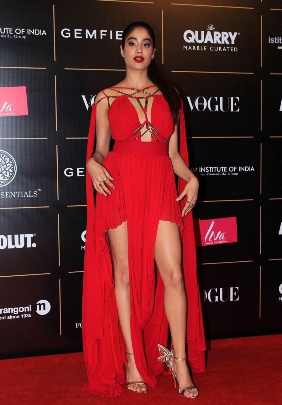 Janhvi Kapoor at Red Carpet Ceremony Of Vogue Women Of The Year 2019