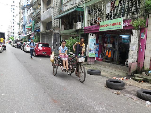 Rick Shaw en Yangon