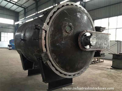 Mexico-Customer-Has-Visited-Pressure-Vessel-Factory-For-Autoclave-Curing-Process