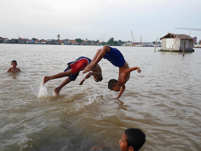 bocah-bocah Kampung Al-Munawar