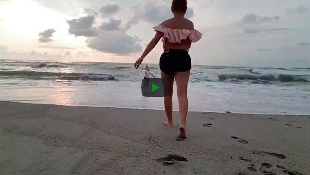 https://www.ahnegao.com.br/2018/09/o-video-que-acabou-interrompido-por-dois-cachorros-safados.html