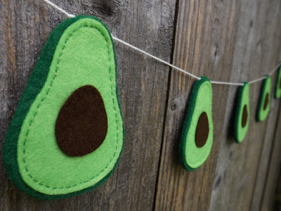 https://www.etsy.com/uk/listing/387469684/avocado-garland-avocado-bunting-felt?ga_order=most_relevant&ga_search_type=all&ga_view_type=gallery&ga_search_query=felt%20avocado&ref=sr_gallery_1