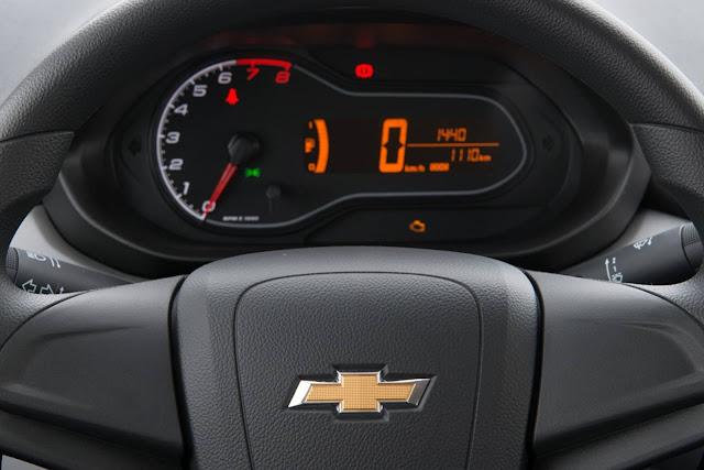 Novo Chevrolet Prisma 2017 Joy - painel