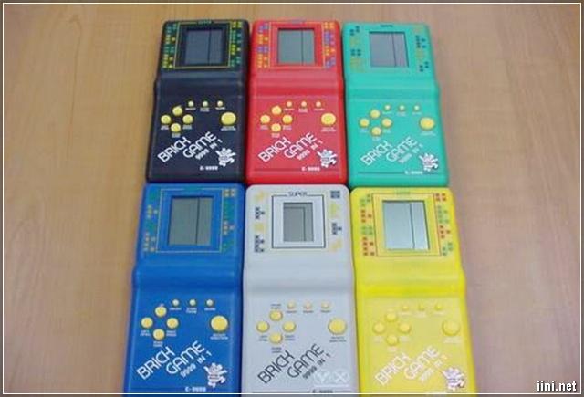 ảnh máy trò chơi điện tử xếp hình ngày xưa