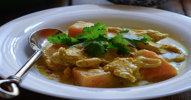 Chicken Pumpkin Curry With Homemade Thai Yellow Curry Paste Recipe ...
