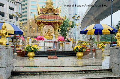 Destination - MACAU, Day 2, Taipa Village, Four Faced Buddha Shrine,Taipa on Natural Beauty And Makeup Blog
