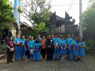 Pembagian Raport Siswa Kelas X dan XI SMK TI Bali Global Denpasar