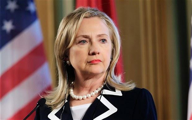 Hillary Clinton anuncia sua corrida à presidência dos EUA