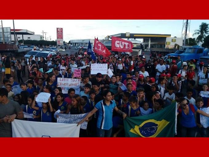 SINTE/RN:Professores e Alunos das Escolas de João Câmara, foram as ruas, Protestar Contra a Reforma da previdência Social.